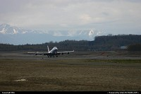 Anchorage : China Airlines Boeing 747 Cargo taking off at ANC
