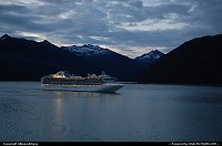 Alaska, Cruising the Inside Passage at midnight... For multimedia slideshow The Alaska Experience: www.album-editions.nl For more information about Alaska: www.alaska-editions.nl