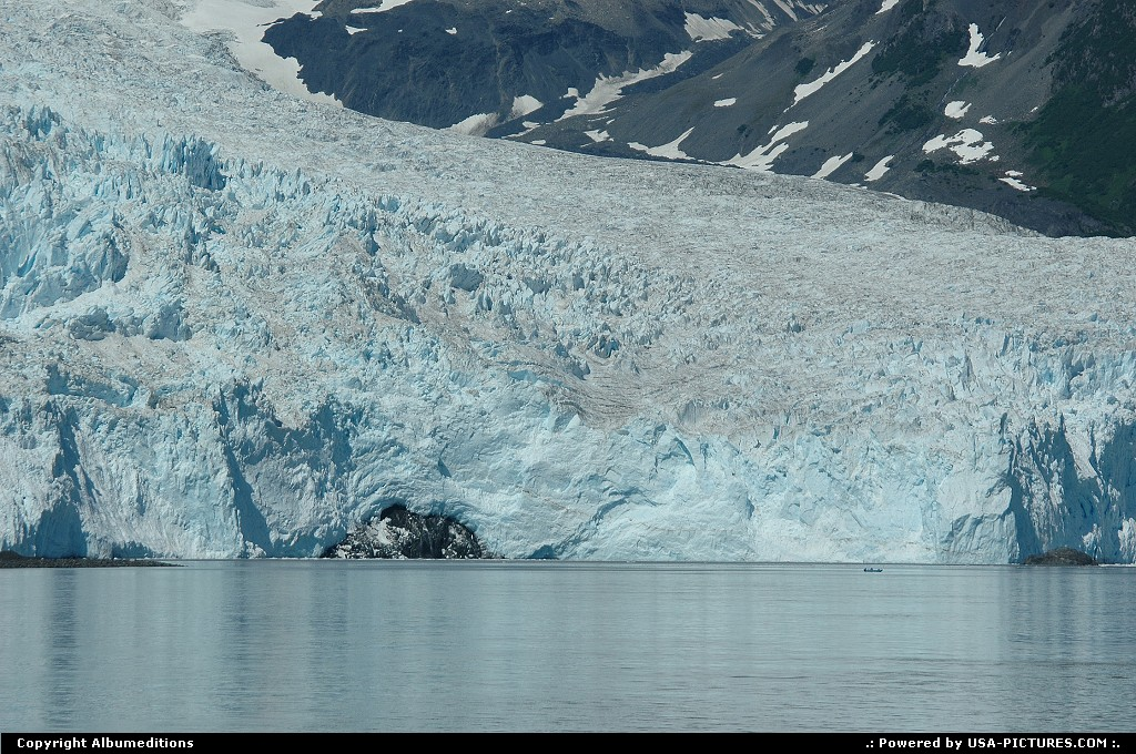 Picture by Albumeditions: Not in a City Alaska   Alaska Glacier