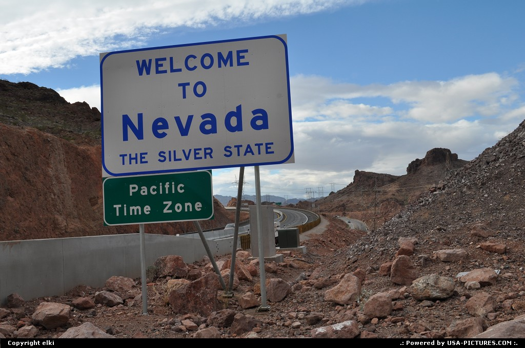 Picture by USA Picture Visitor: Not in a City Arizona   Nevada, welcome signe, pacific time zone