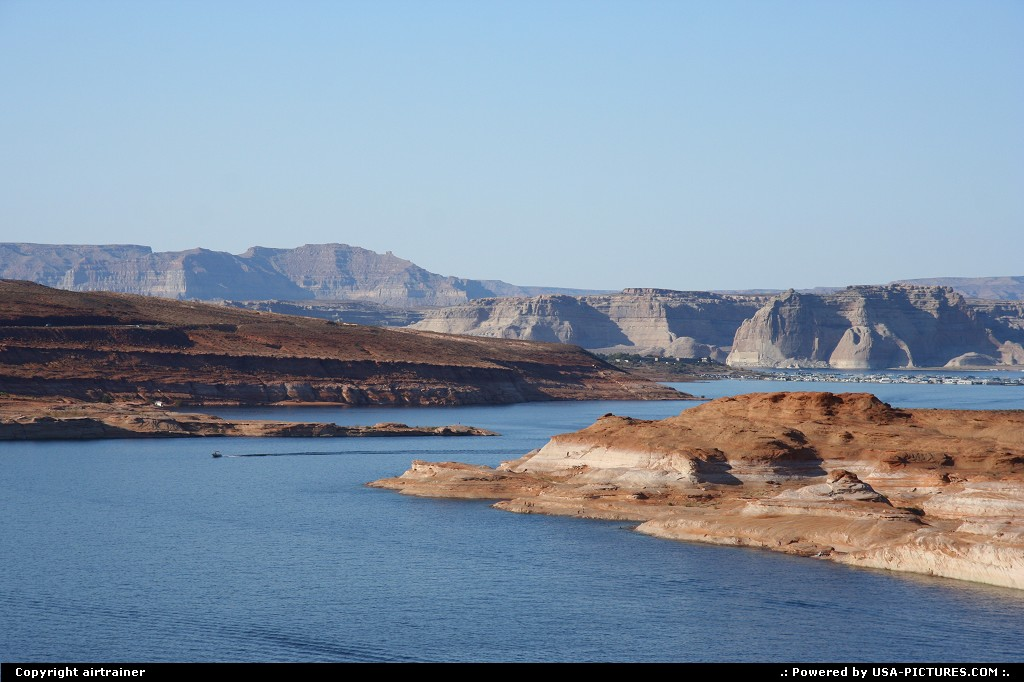 Picture by airtrainer:Not in a CityArizonalake powell