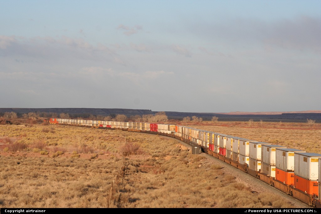 Picture by airtrainer:ArizonaPetrified Foresttrain, railroad, BNSF
