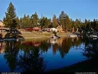 Big Bear Lake : Rustic waterfront homes