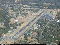 Pine Mountain Lake airport in Groveland near Yosemite