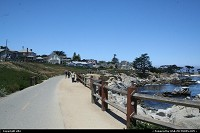 Pacific Grove : pacific grove path. It really nice to rent a bike and ride along the coast along the 17 mile drive.