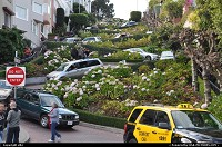 San Francisco : Lombard street, the crookedest road in the world