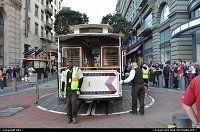 San Francisco : cable car switching to upbound track