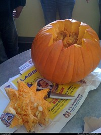 Photo by elki | San Francisco  jack o lantern howto