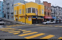 San Francisco : When the street painting matchs the house paint job!