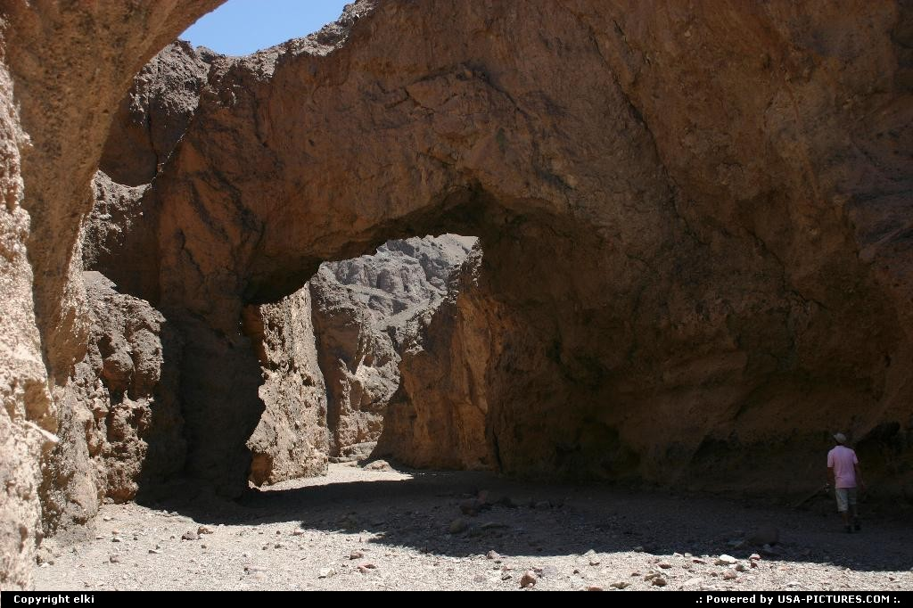 Picture by elki:CaliforniaDeath ValleyNatural Bridgenatural bridge Death Valley
