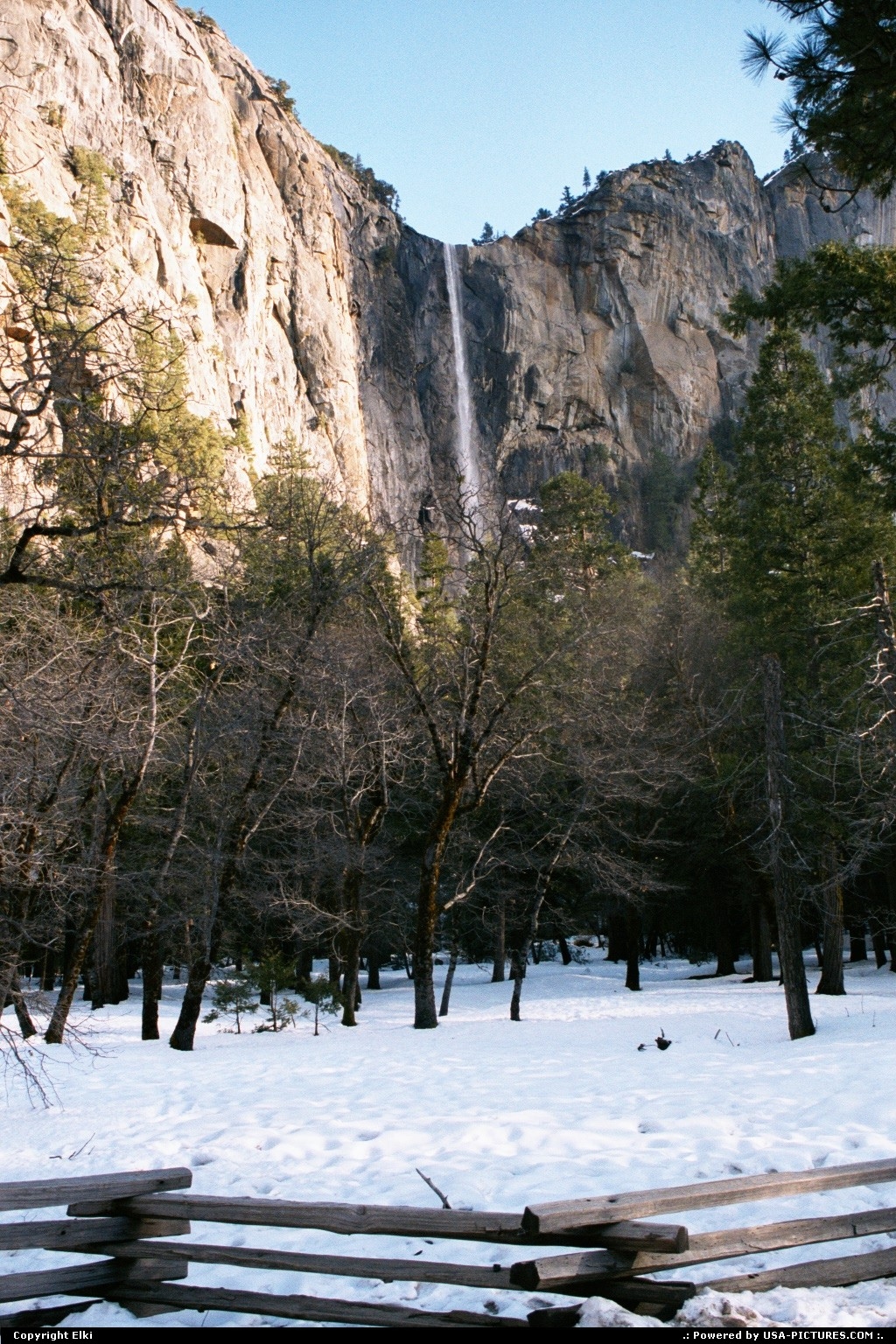 Picture by elki:CaliforniaYosemitewaterfall, snow, tree