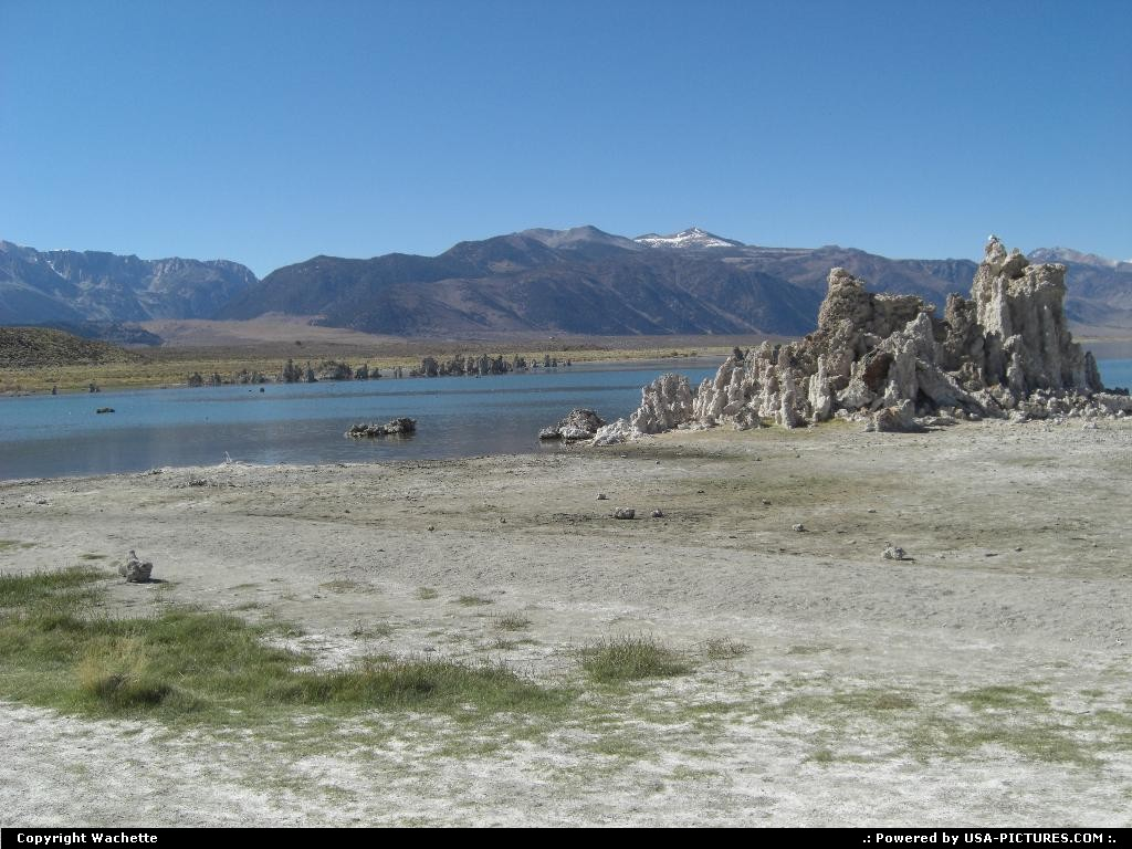 Picture by Wachette: Lee Vining California   monolake