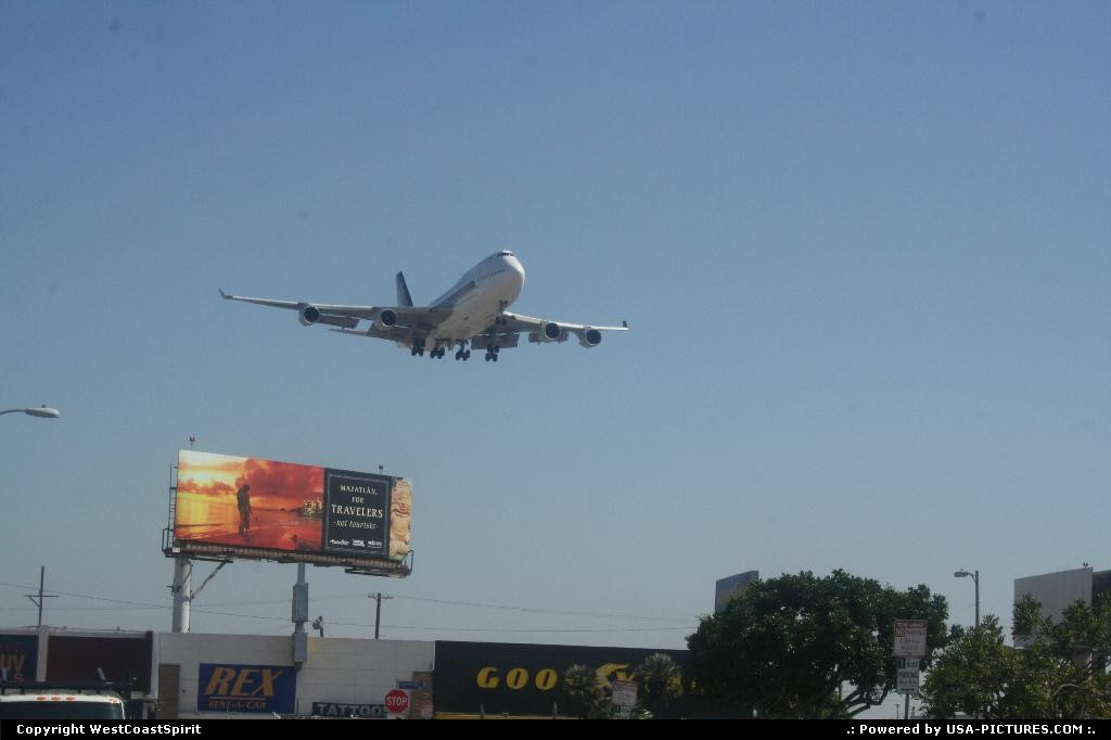 Picture by WestCoastSpirit: Los Angeles California   in n out, burger, plane, singapore, 747, lax, boeing