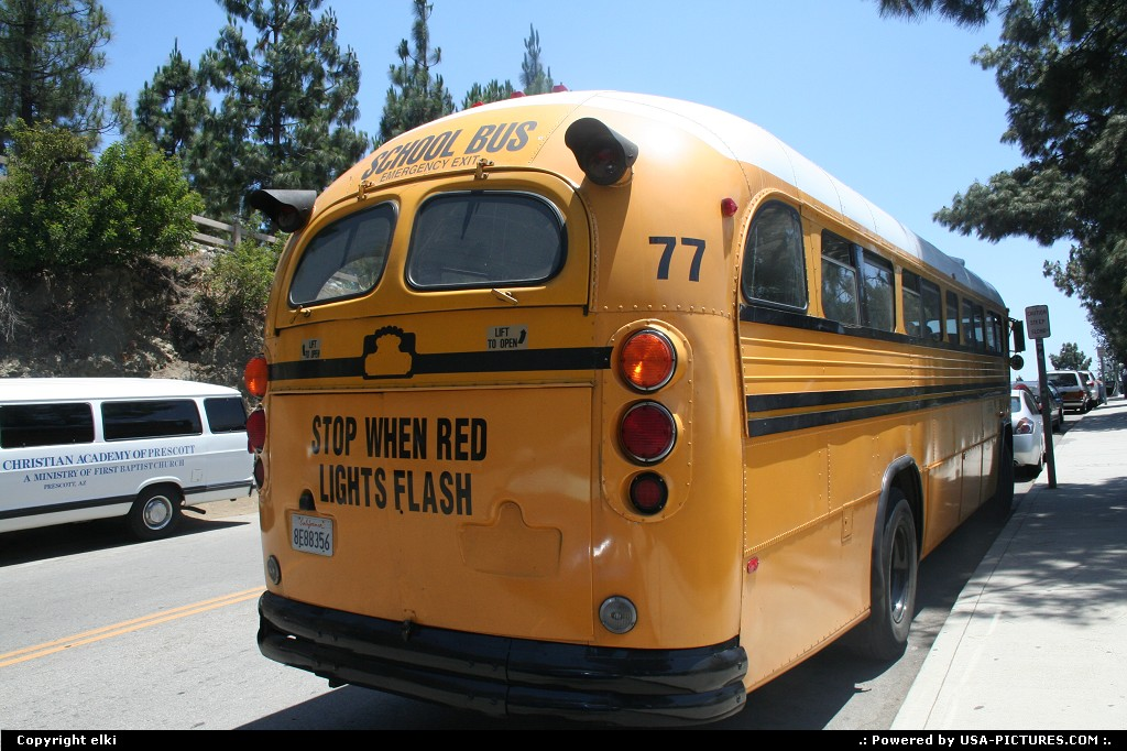 Picture by elki: Los Angeles California   school bus