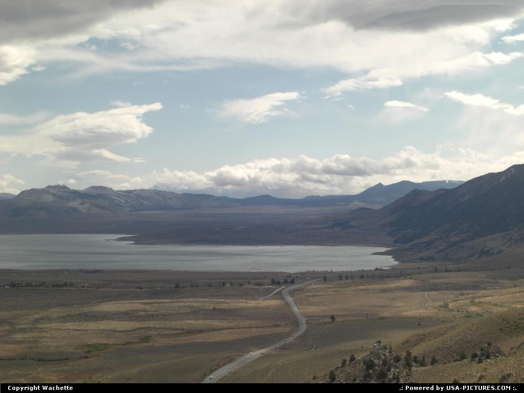 Picture by Wachette: Mammoth Mountain California   monolake