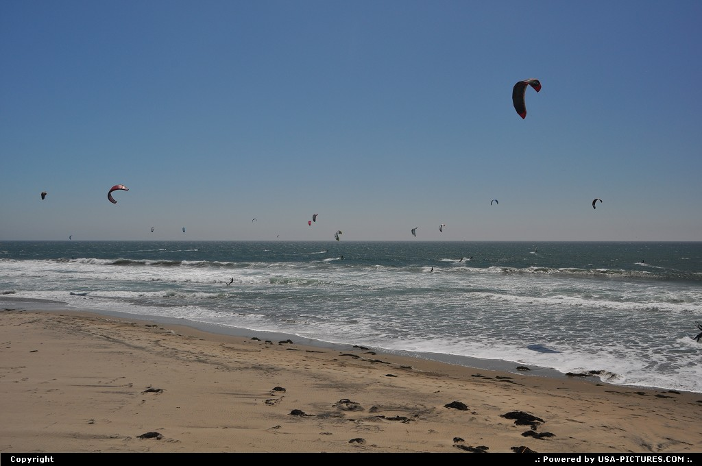 Picture by WestCoastSpirit: Not in a City California   kite, windsurf, wind, surf, beach