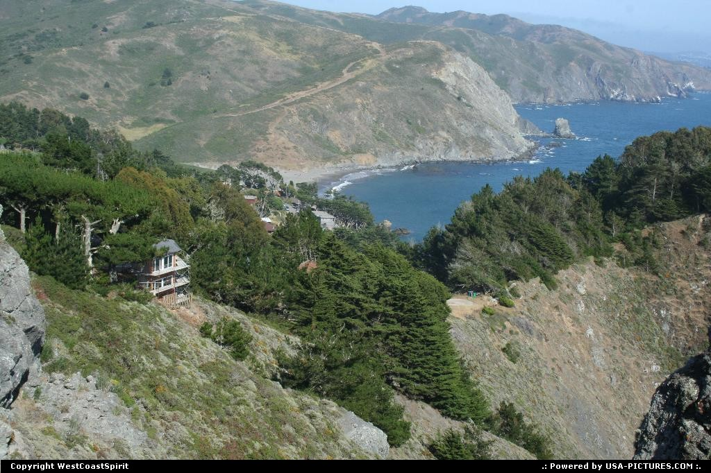 Picture by WestCoastSpirit: Not in a city California   cliffs, route 1, sea, beach, pacific, redwood