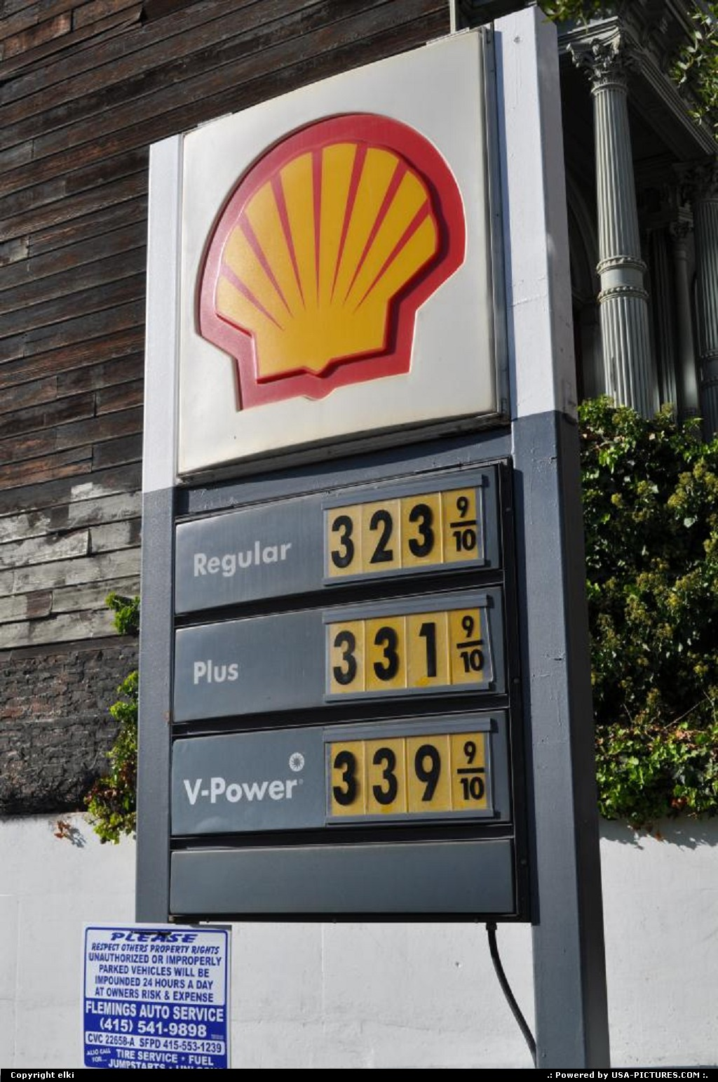 Picture by elki: San Francisco California   gas prices october 2010