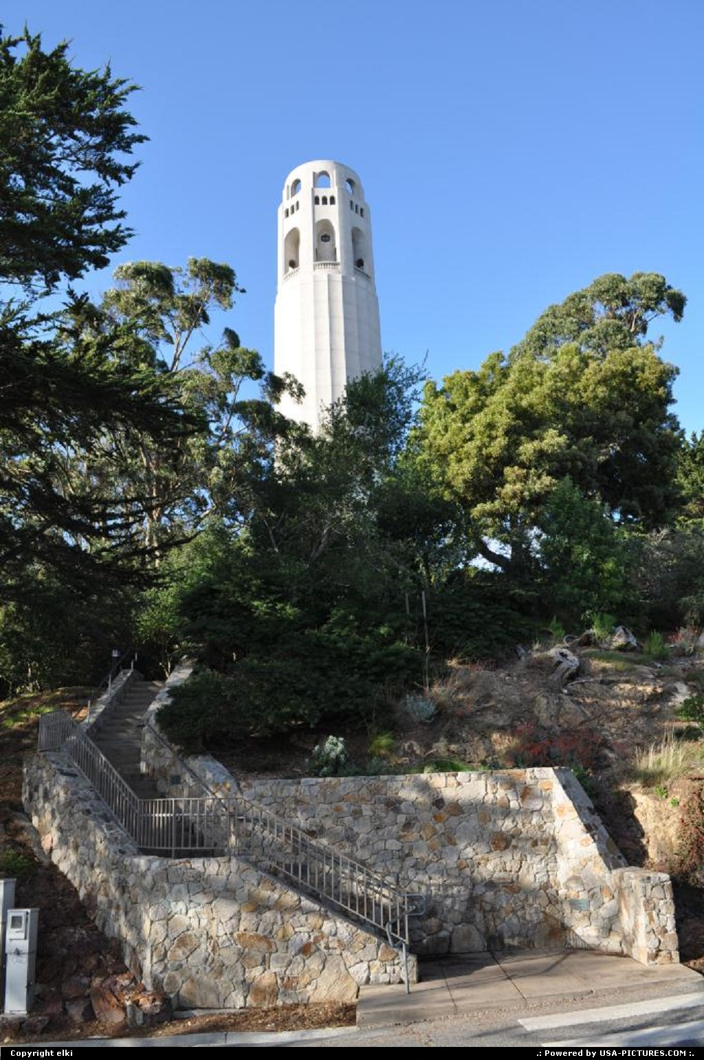 Picture by elki: San Francisco California   coit tower