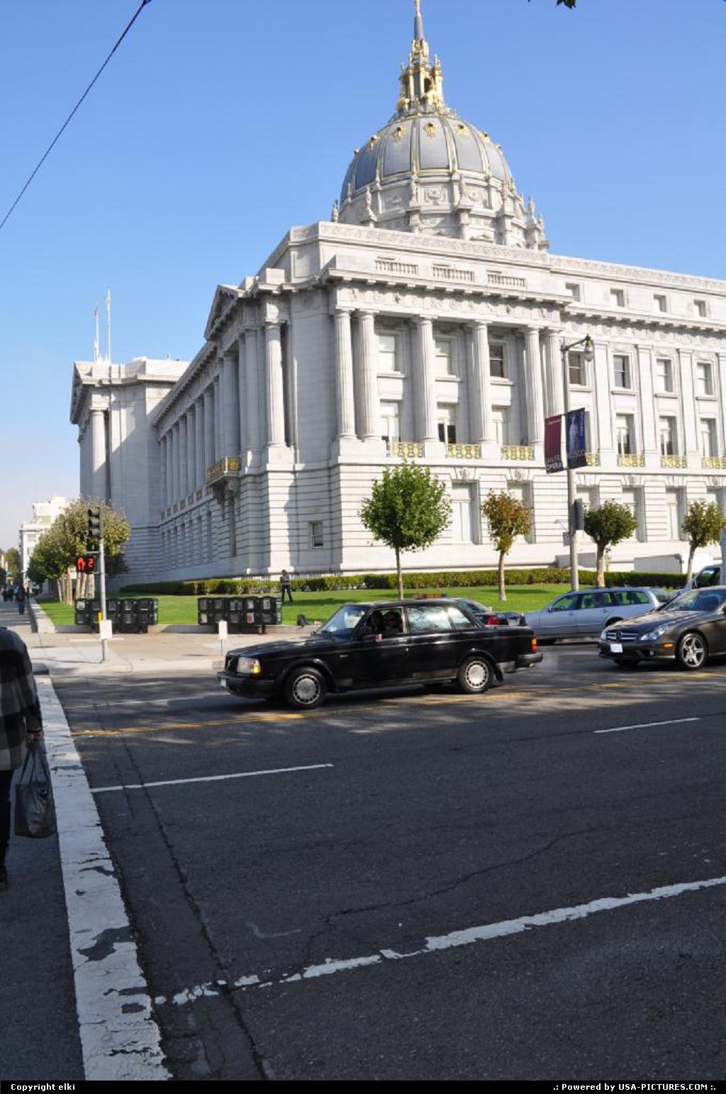 Picture by elki: San Francisco California   city hall of san francisco california