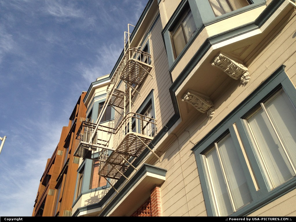 Picture by WestCoastSpirit: San Francisco California   house, painted, Coit tower