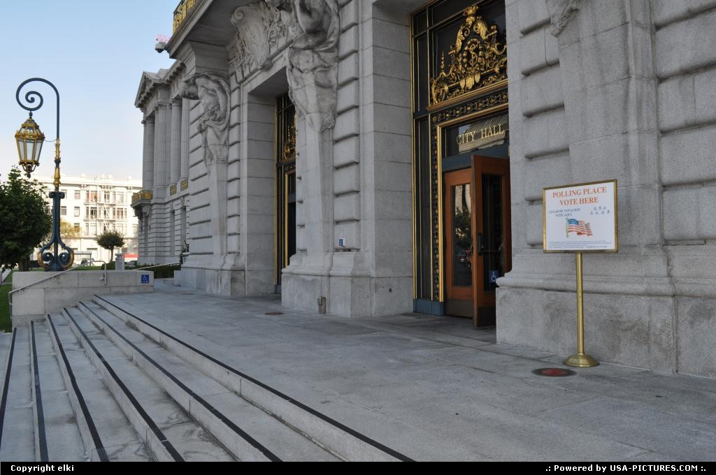 Picture by elki: San Francisco California   city hall entrance san francisco california