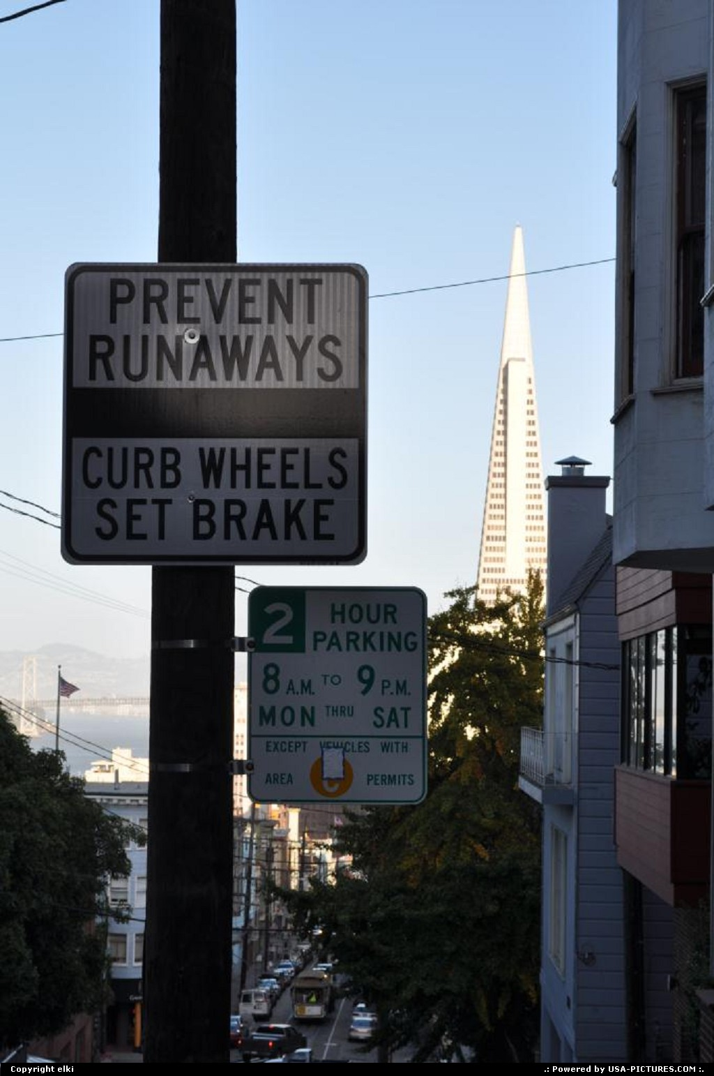 Picture by elki:San FranciscoCaliforniacable car