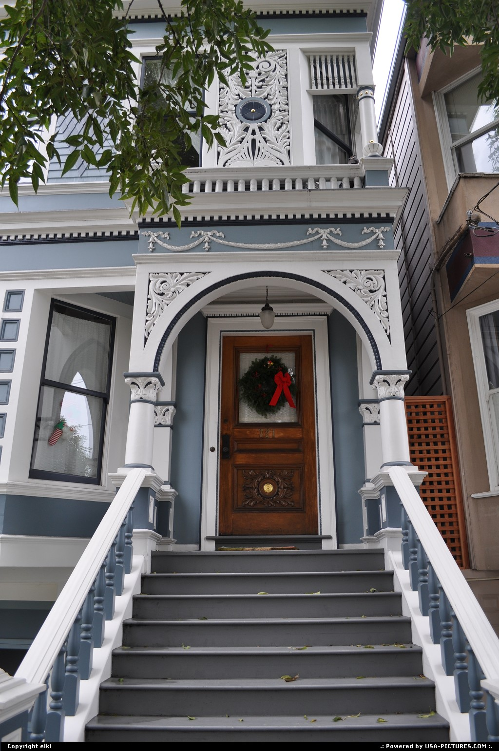 Picture by elki:San FranciscoCaliforniaHaight-ashburry san francisco