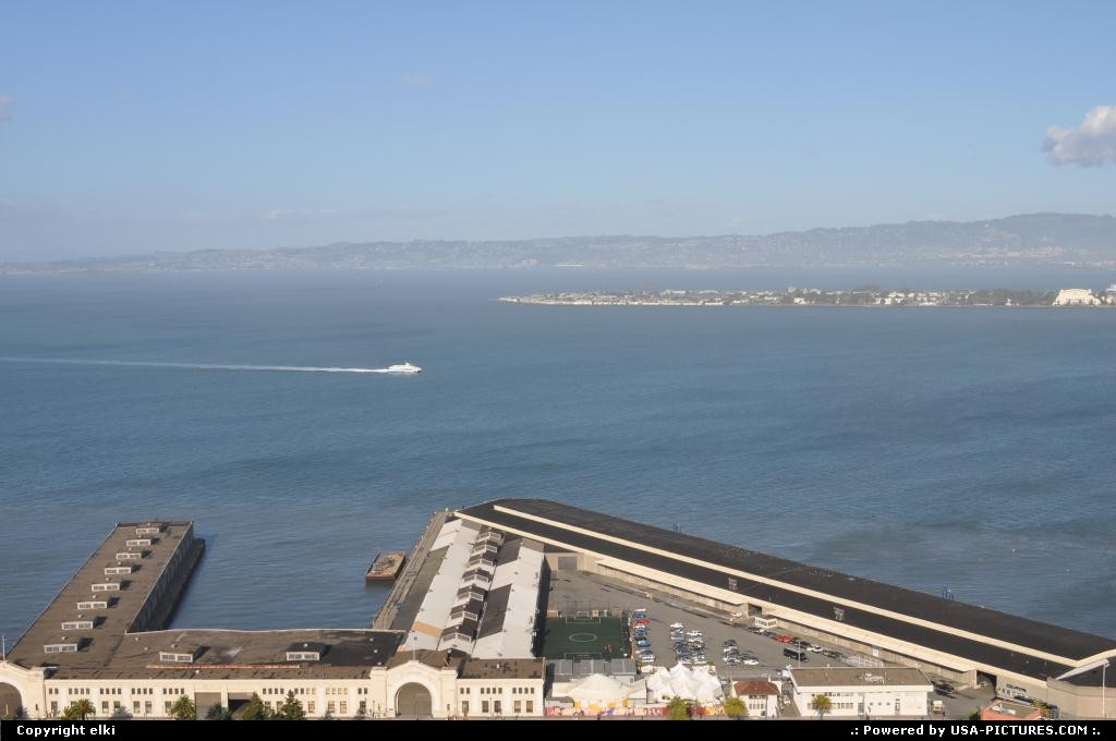 Picture by elki:San FranciscoCaliforniacoit tower san francisco
