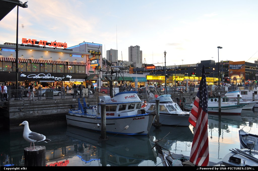 Picture by elki:San FranciscoCaliforniafishermanwharf