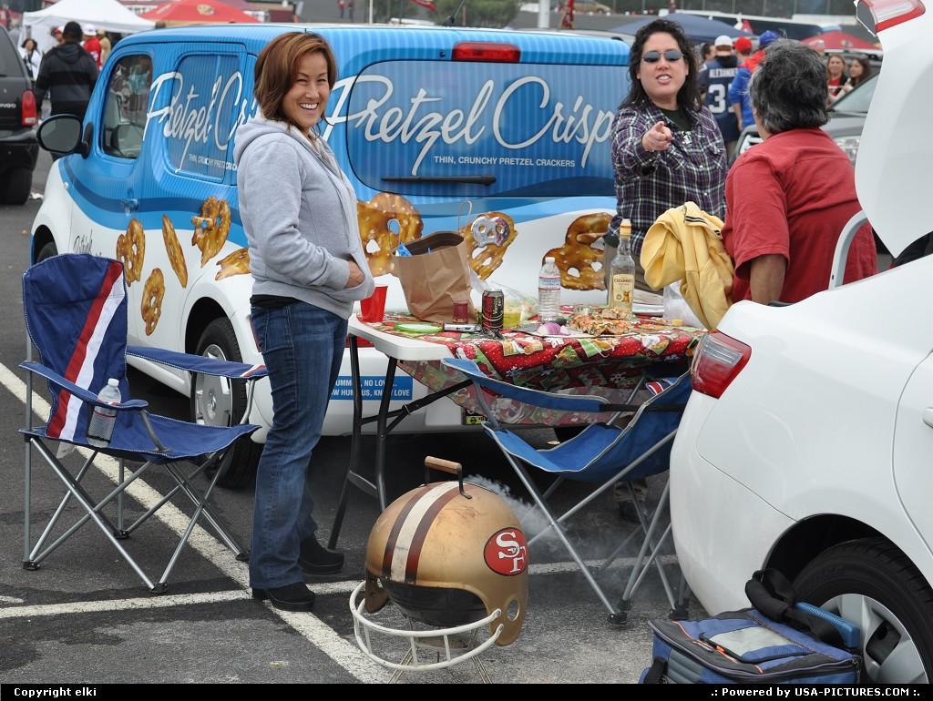Picture by elki:San FranciscoCalifornia49ers, san francisco, tailgating