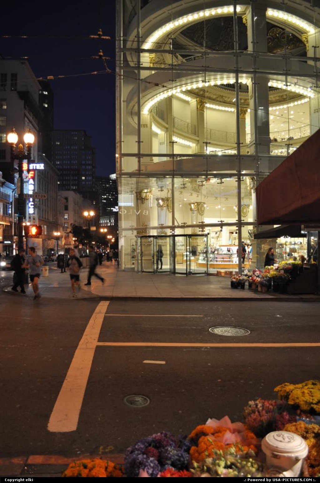 Picture by elki:San FranciscoCaliforniaunion square san francisco