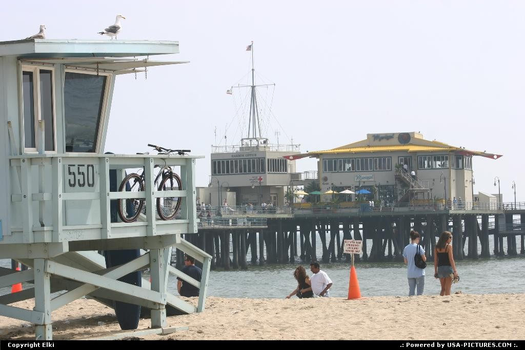 Picture by elki: Santa Monica California   beach