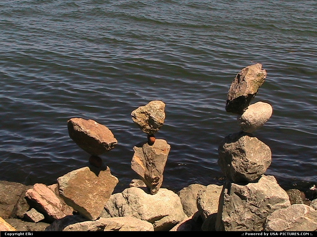 Picture by elki: Sausalito California   balanced rock