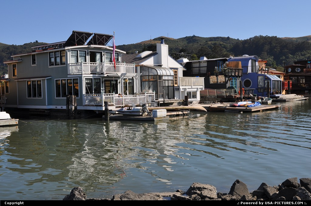 Picture by elki: Sausalito California   Sausalito boat house