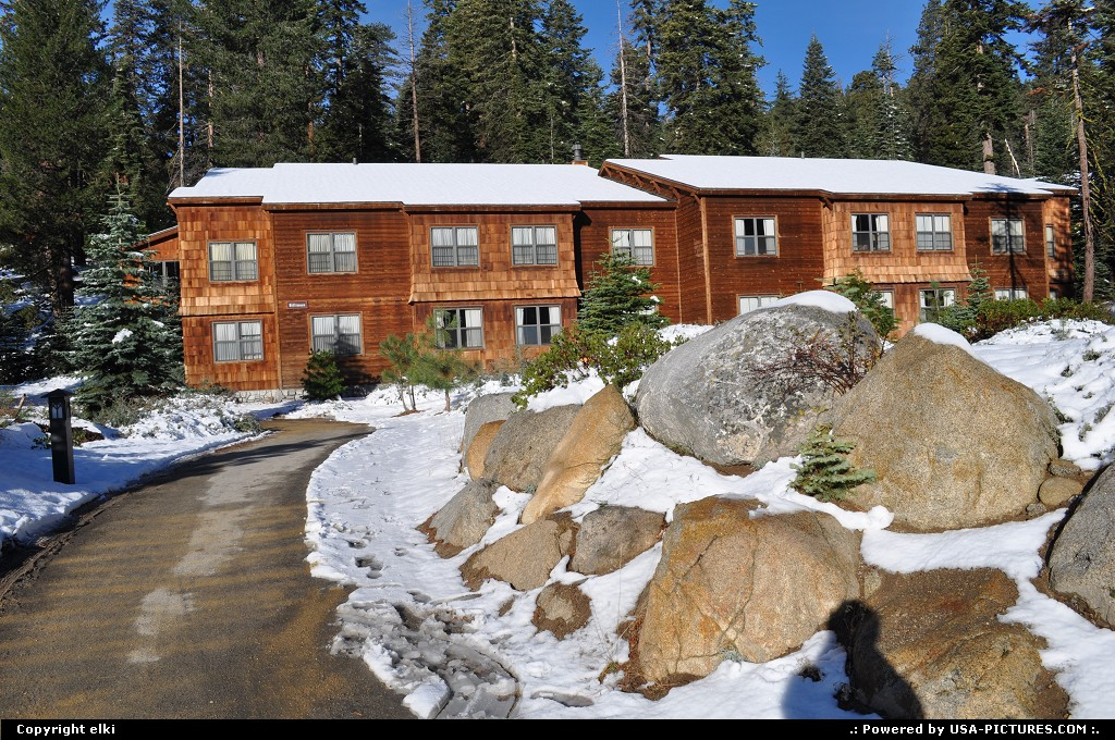 Picture by elki:  California Sequoia  sequoia national park Wuksachi lodge