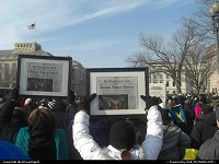 Washington : Headline of the Washington post: Obama Makes History. Proudly framed for a nice souvenir. In the crowd along the mall, hours before the Inauguration