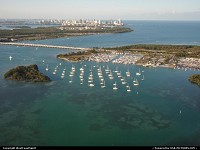 Key Biscayne : A marina in Biscayne Bay. Miami Beach afar.