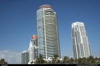 Miami Beach : buidings face to miami beach