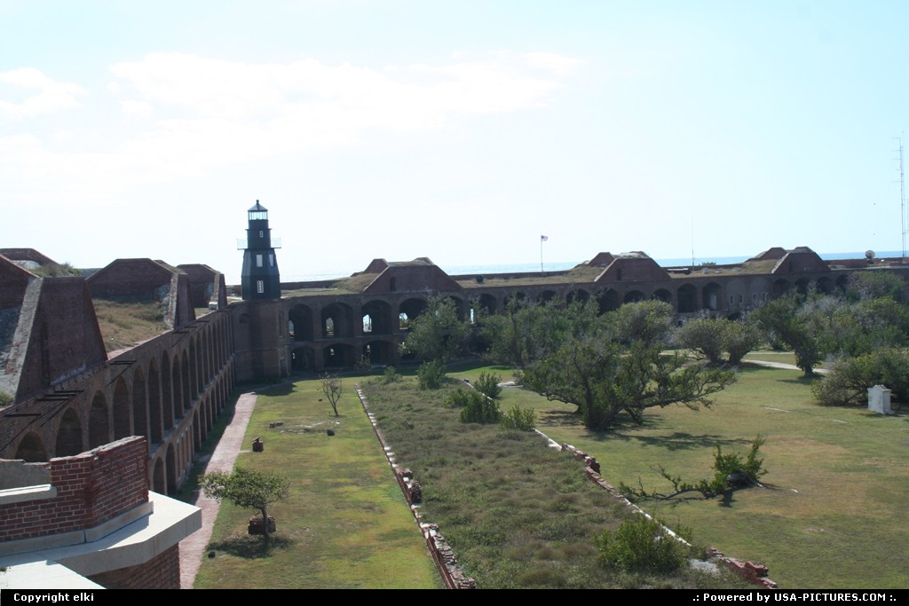 Picture by elki:FloridaDry TortugasFort jefferson