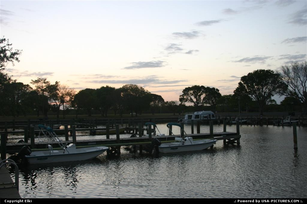 Picture by elki:  Florida Everglades  marina, boat