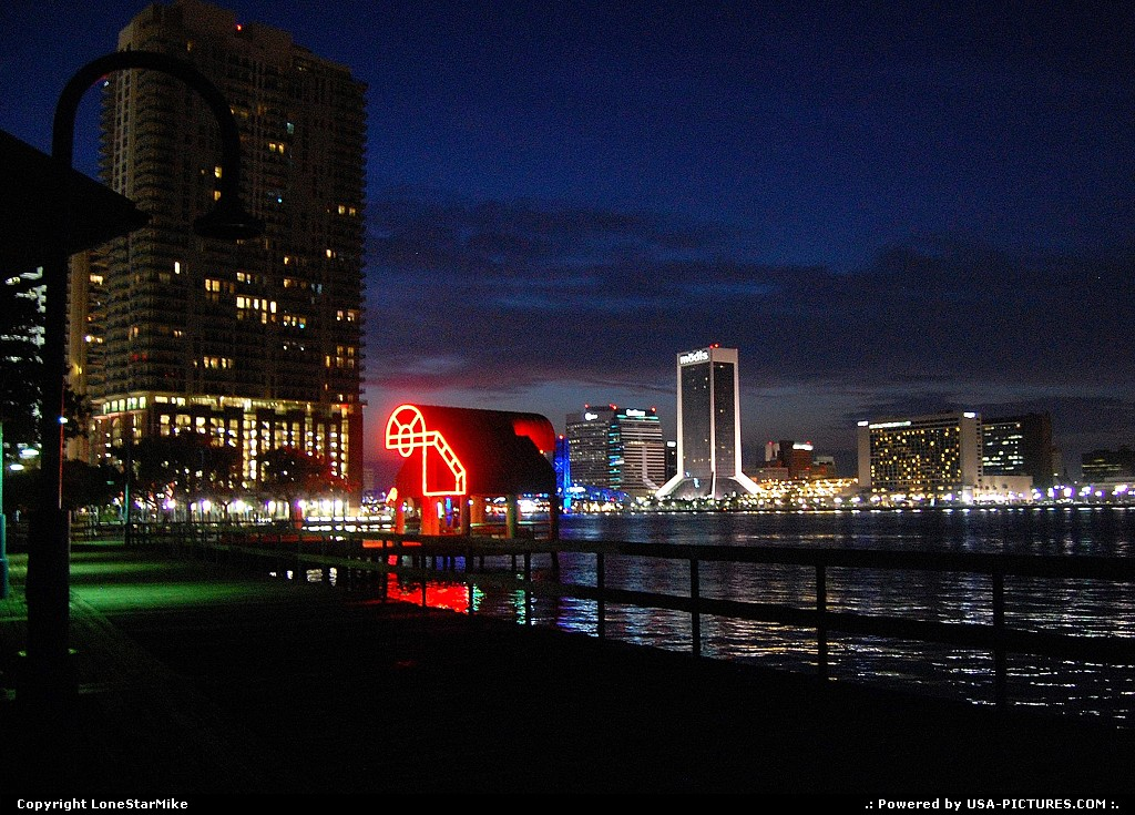 Picture by LoneStarMike: Jacksonville Florida   skyline, skyscraper, waterfront, downtown,