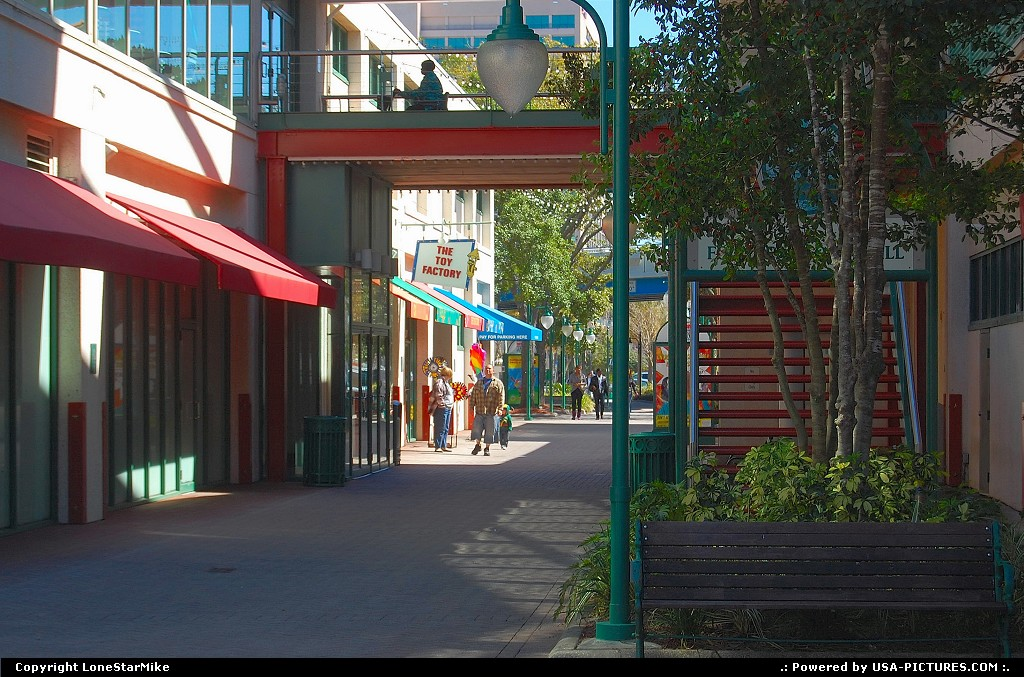 Picture by LoneStarMike:JacksonvilleFloridashopping, dining, complex, attraction