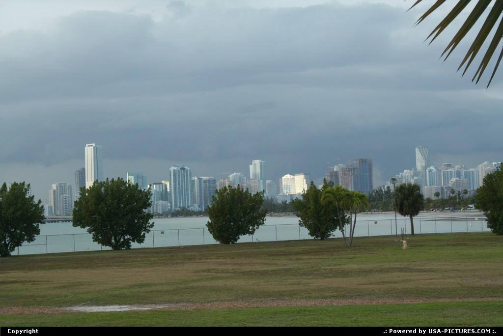 Picture by elki:MiamiFloridamiami