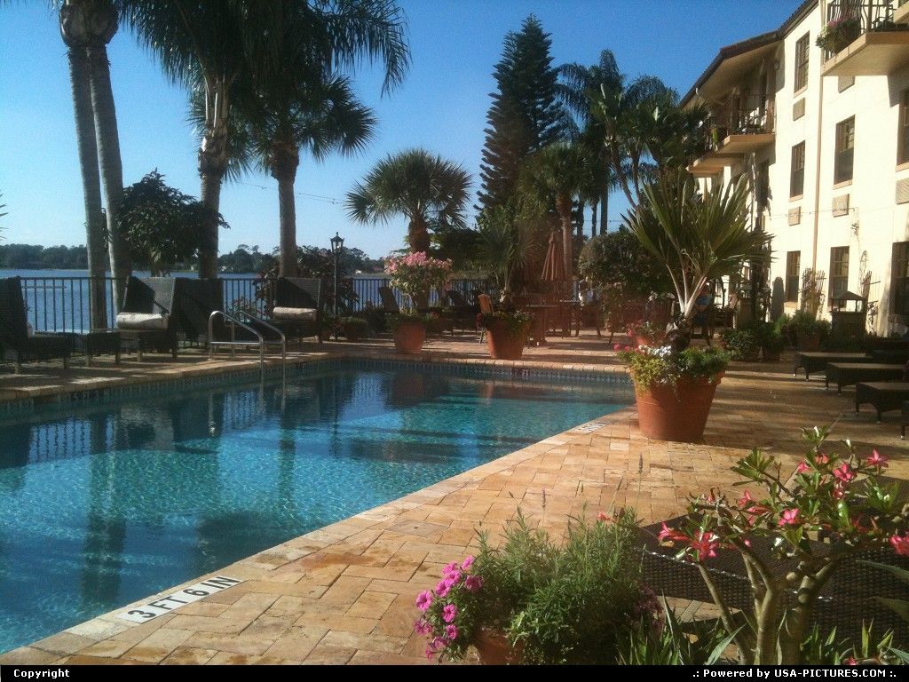 Picture by Bernie: Sebring Florida   HOTEL