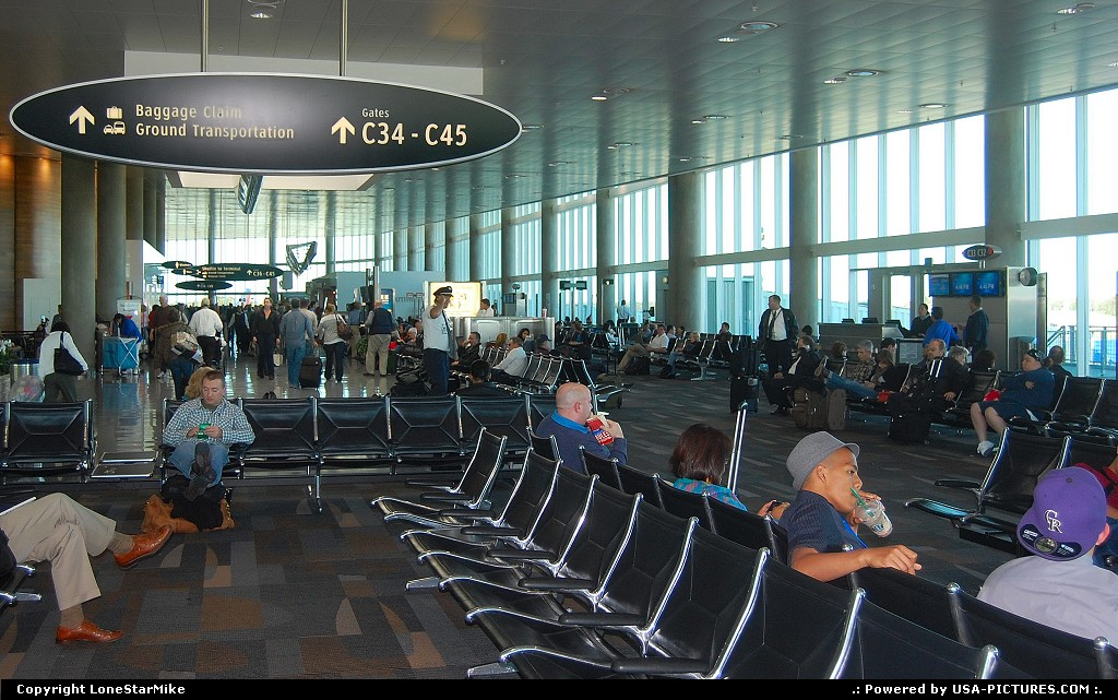 Picture by LoneStarMike: Tampa Florida   airport, terminal, concourse