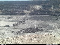 Hawaii Volcanoes national park: Down into the crater