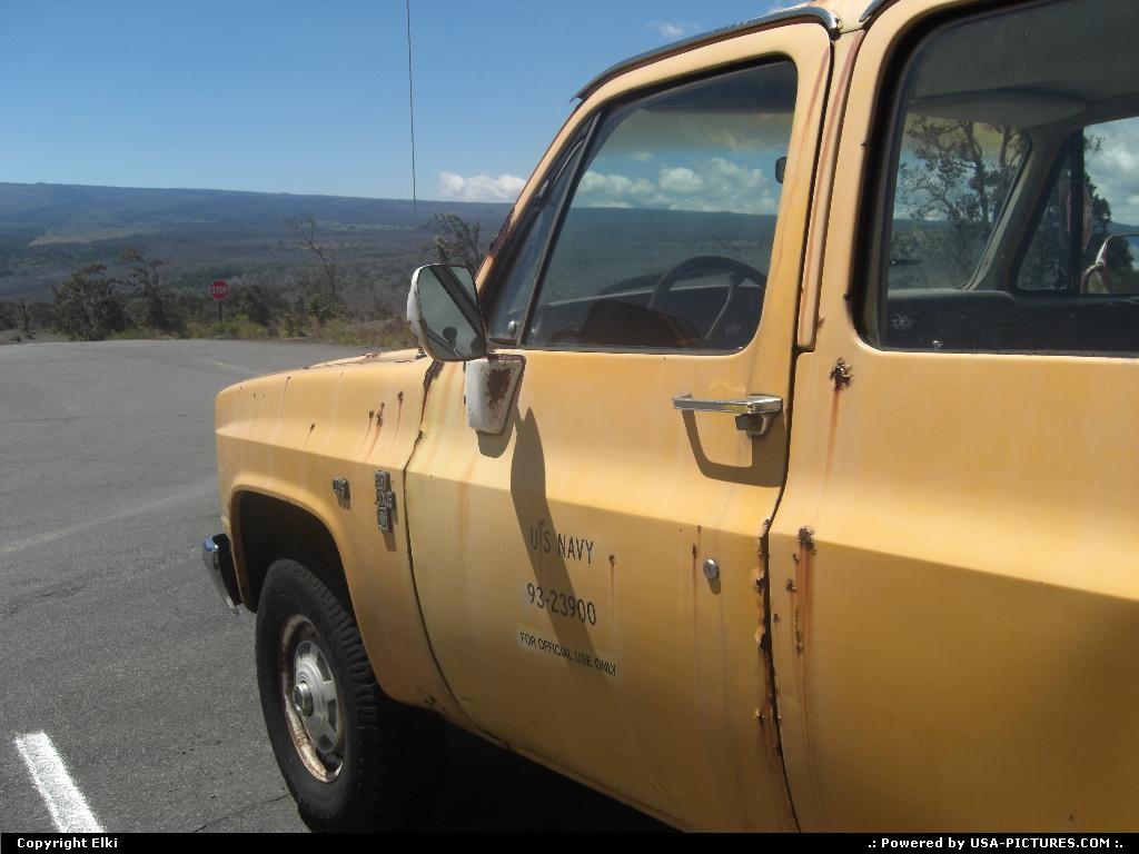 Picture by elki:HawaiiHawaii Volcanoestruck, car, navy