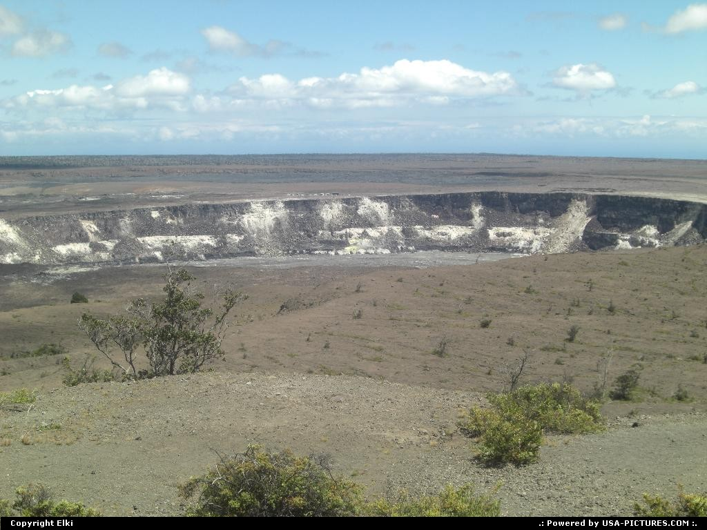 Picture by elki:  Hawaii Hawaii Volcanoes  volcano, crater