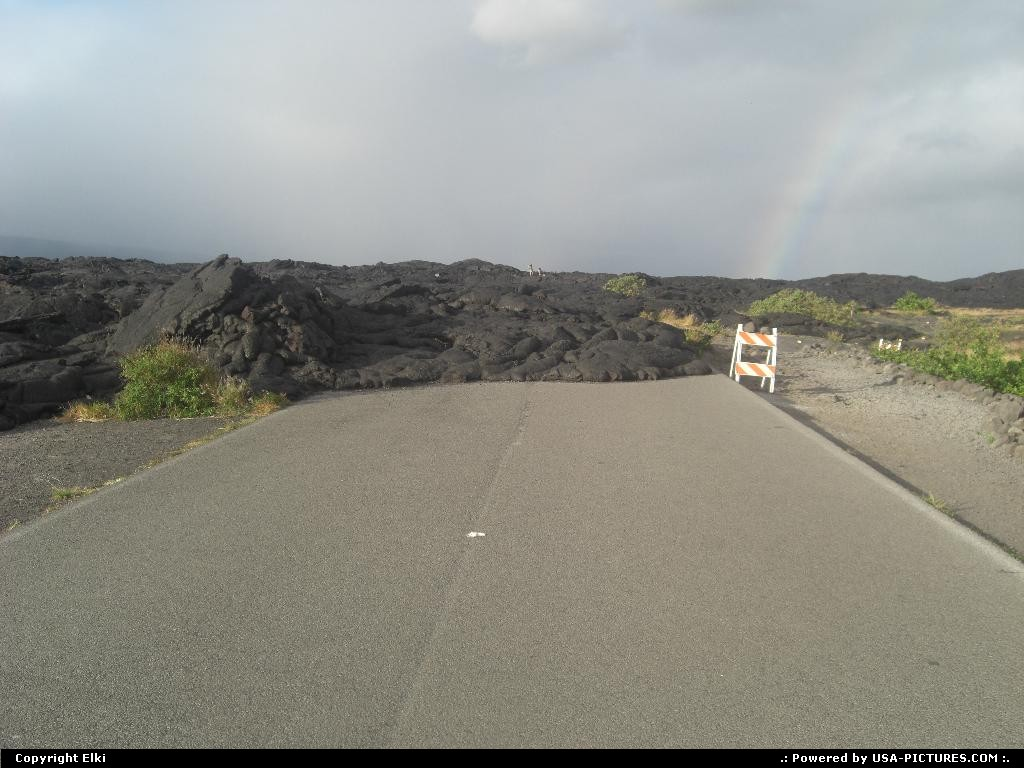 Picture by elki:  Hawaii Hawaii Volcanoes  lava, flower, raimbow, road